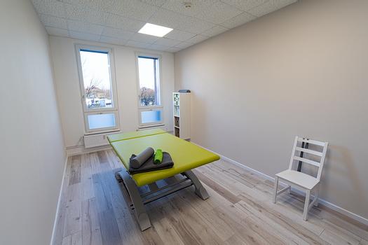 Behandlungsraum Physiotherapie für neurologische Patienten